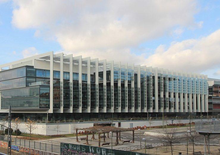 1199px-Campus_Repsol_(Madrid)_03