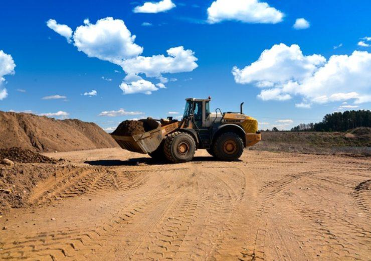 excavator-5069835_640