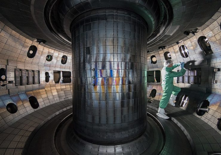1024px-2017_TOCAMAC_Fusion_Chamber_N0689
