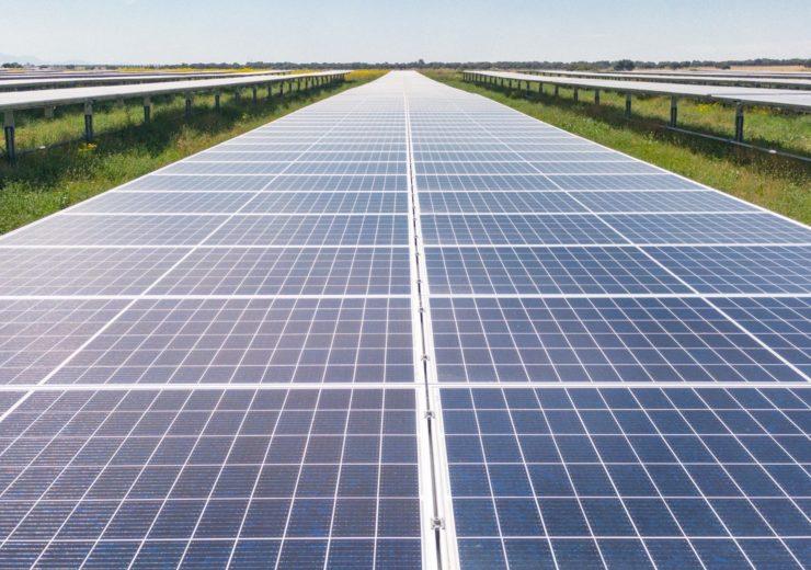 EIB Solar plant