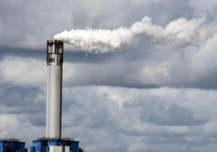 industrial-smokestack-1336930-639x479