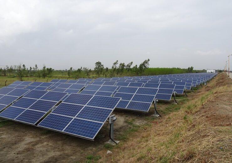 solar-panels-3507949_640