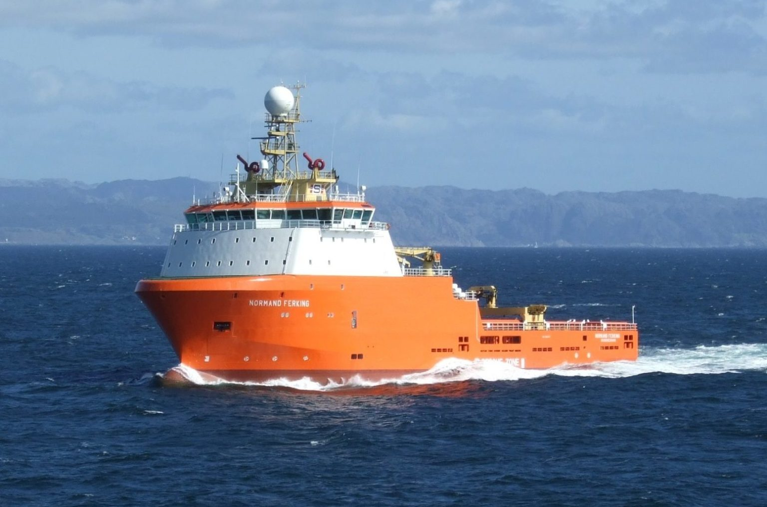 Solstad Offshore announces contract extensions with key clients in Norway
