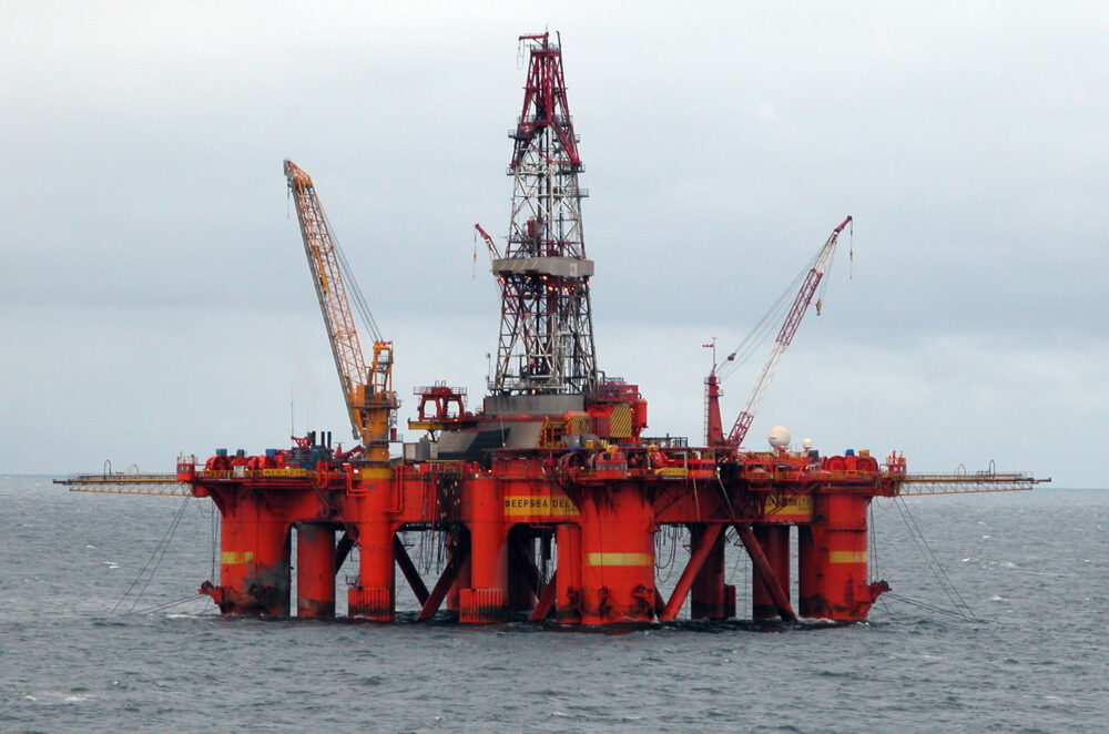 Automation offshore oil rigs