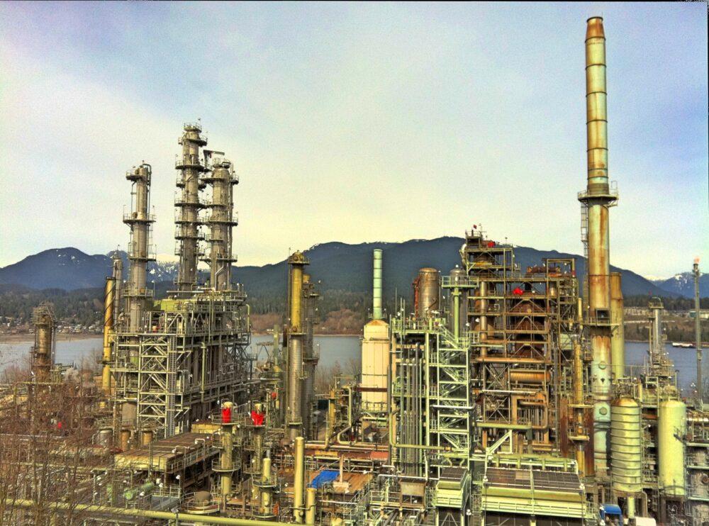 Australia oil refiners