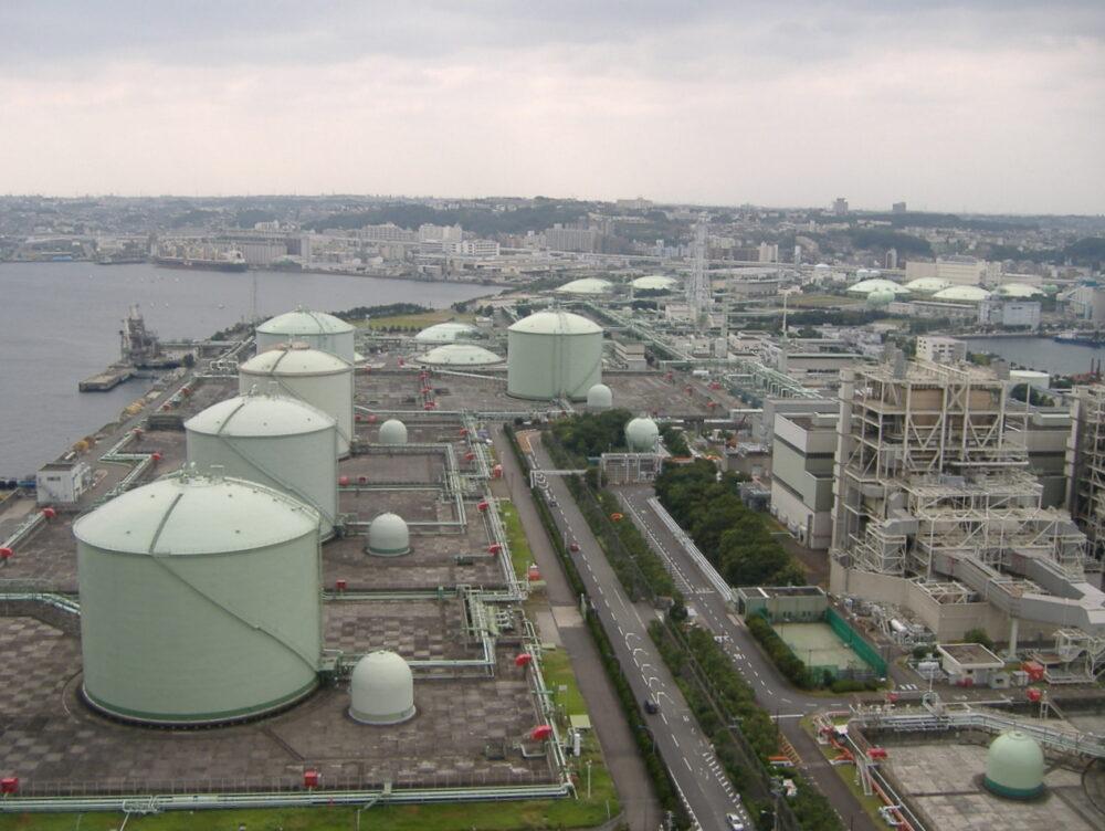 Global regasification capacity