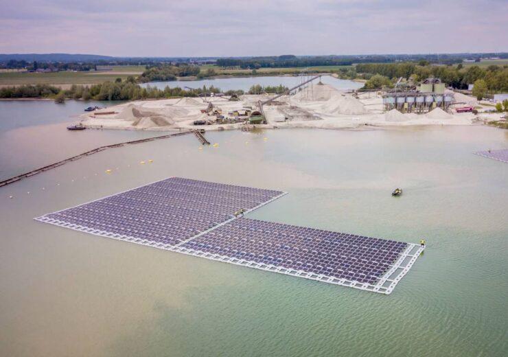 floating_solar-park_netterden_photo-jorrit-lousberg-ext_1368x770_70