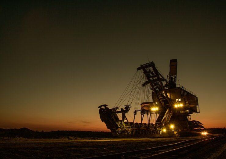 mining-excavator-1736289_640 (3)