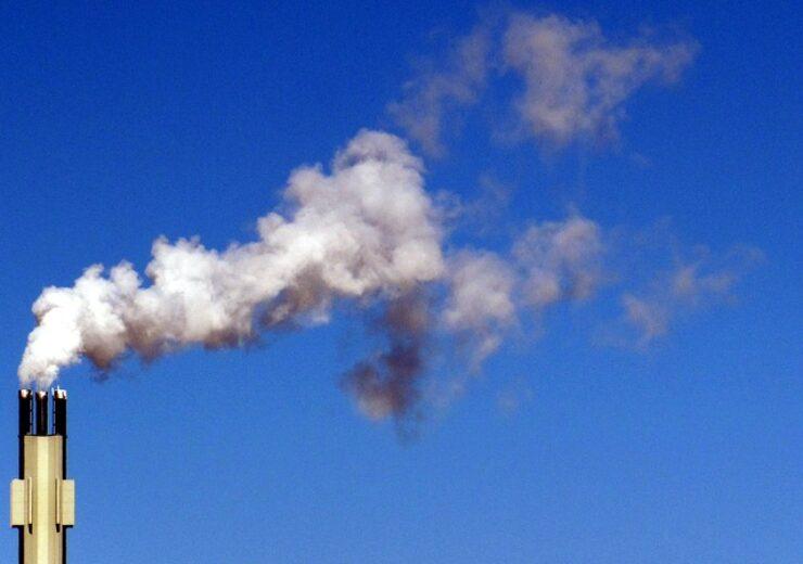 smoke-654072_640