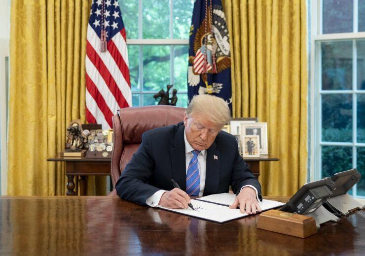 Trump - white house Tia Dufour 2