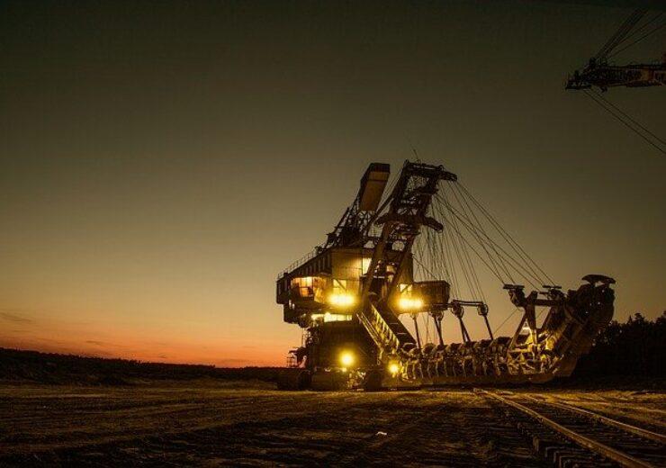 mining-excavator-1736293_640 (11)