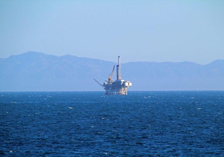 oil-platform-1336513-639x426 (1)