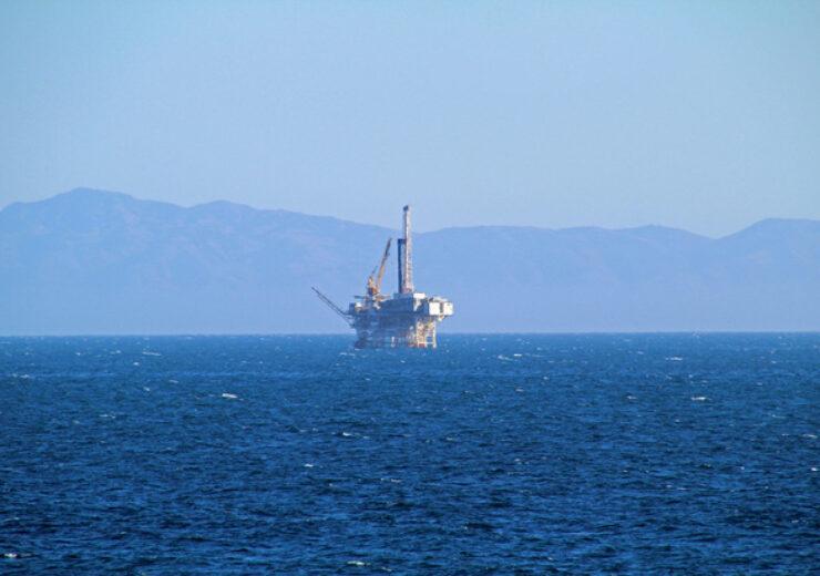 oil-platform-1336513-639x426 (2)