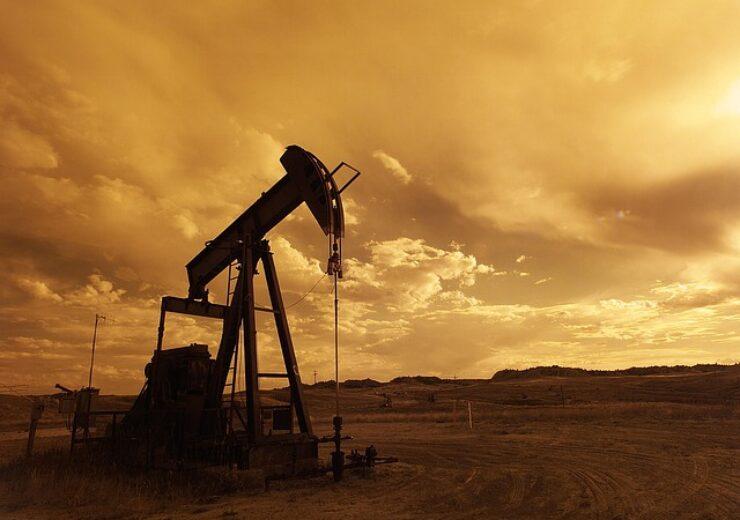 oil-pump-jack-1407715_640 (12)