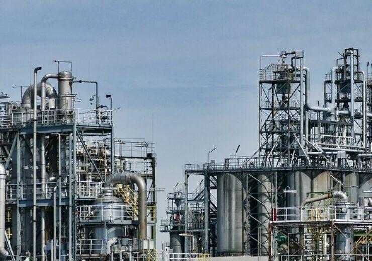 refinery-3613522_640 (4)