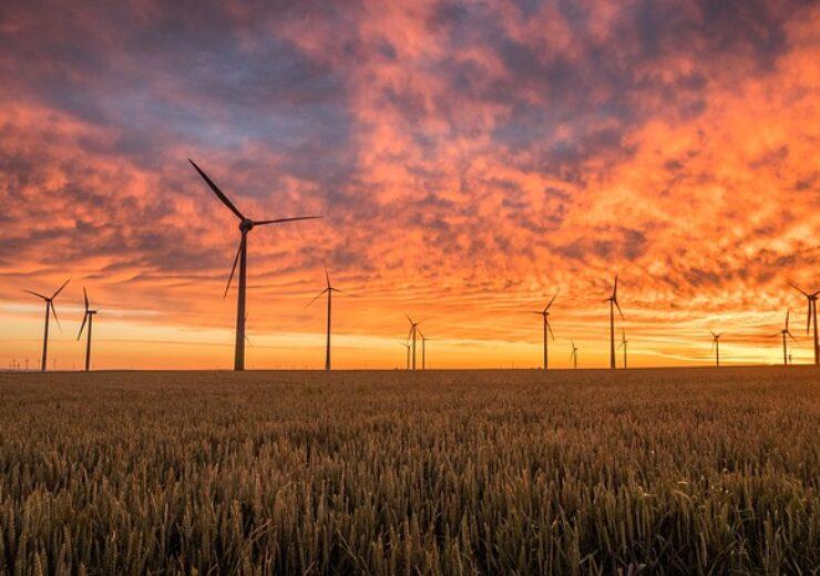 windmills-1838788_640 (2)