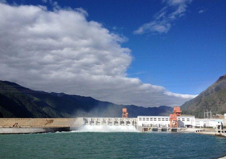 hydropower-2190422_640