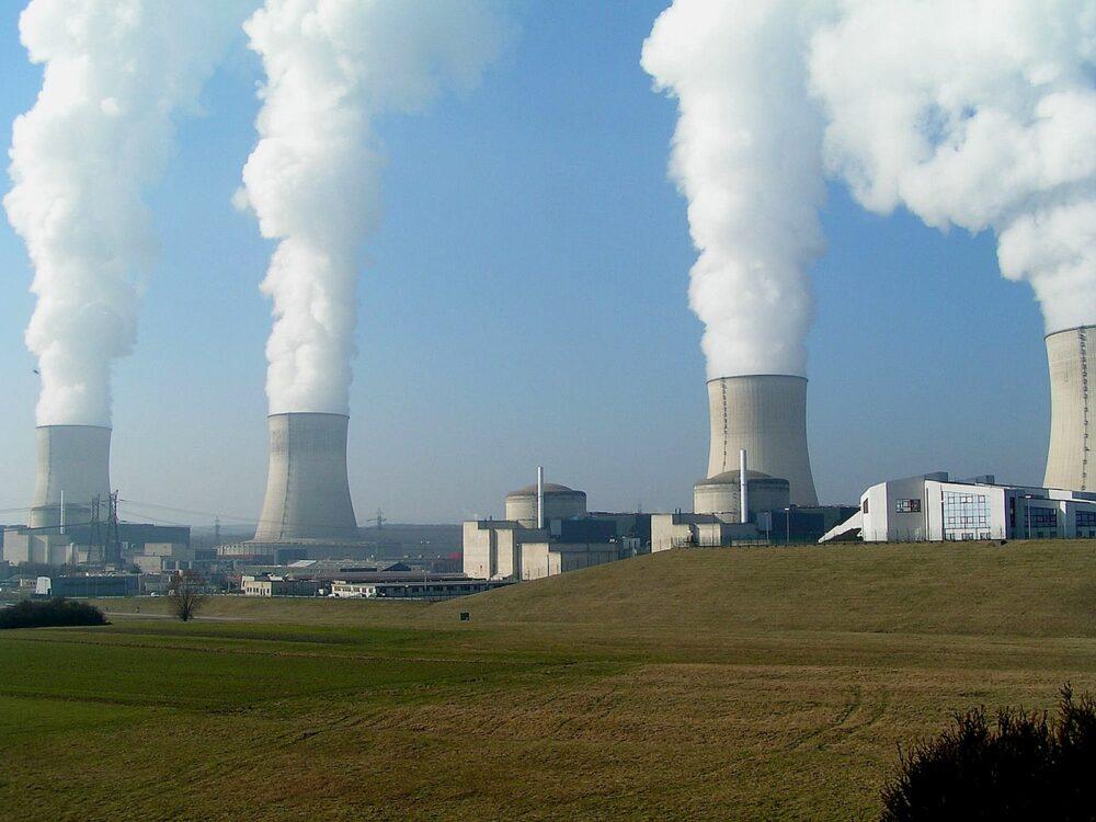Nuclear reactors digital twins