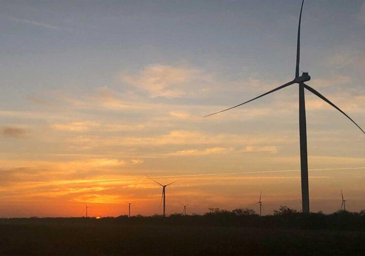 2020-12-14-rwe-veraeussert-51-prozent-beteiligung-an-4-onshore-windanlagen-in-texas-an-algonquin