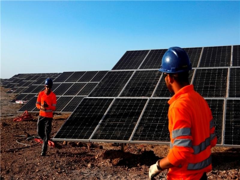 Image 1-Francisco Pizarro Solar Power Project_Spain