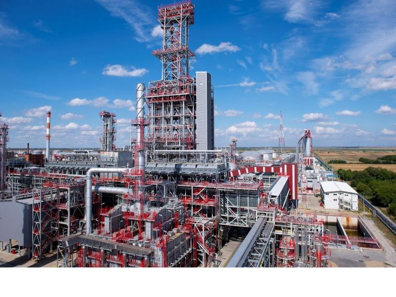 The Pancevo refinery, located in Serbia, has been operational since 1968. Image courtesy of Gazprom Neft PJSC.