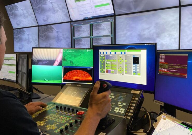 fugro-remote-operations-centre772fbdf2f3db67859f9dff250019aa6e.tmb-mh600