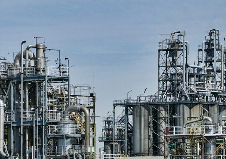 refinery-3613522_640 (6)