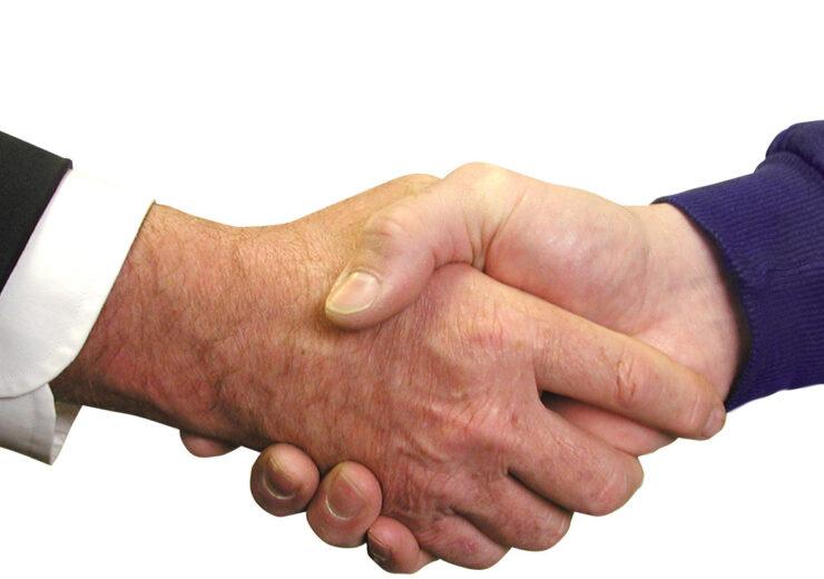 handshake-1239869-1918x825 (1)