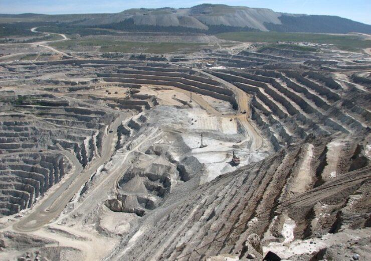 mining-1626484_640