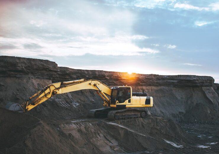 mining digger - Unsplash