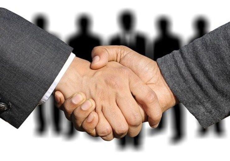 shaking-hands-3091908_640(1)