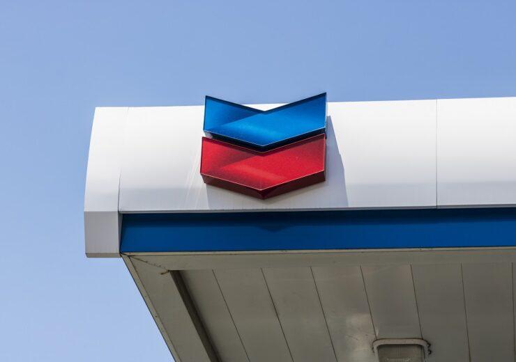 Chevron - Jonathan Weiss - Shutterstock 681838129