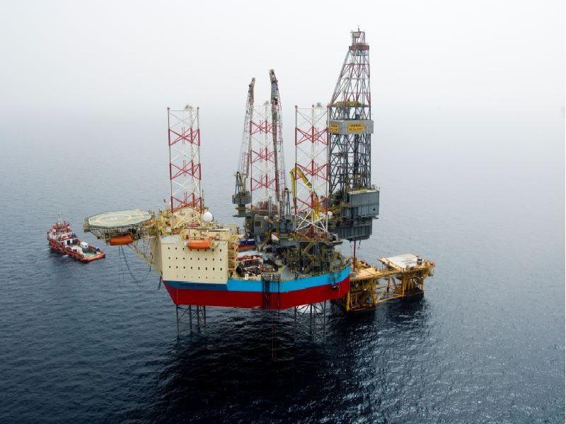 Columbus Gas and Condensate Field Development