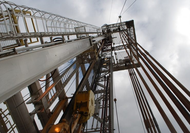 shale oil rig