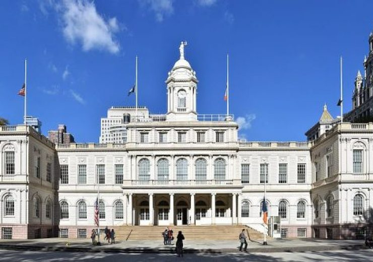 New_York_City_Hall_exterior,_October_2016