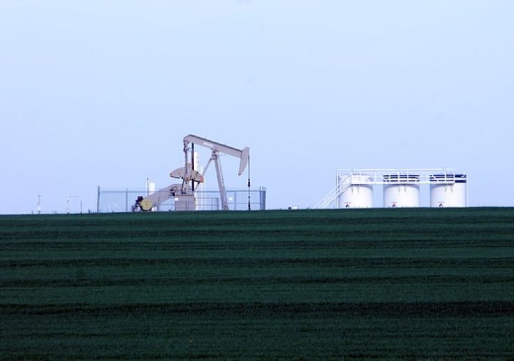 oil-rig-101275_640 (1)