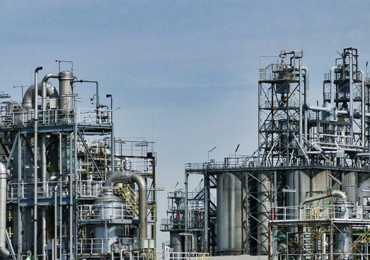 refinery-3613522_640 (1)