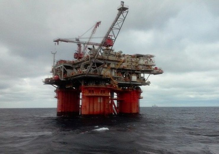 oil-rig-5232047_640(1)