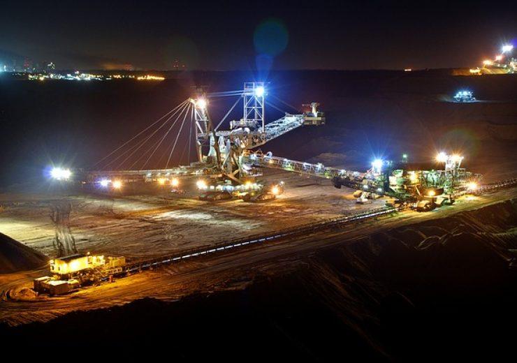 open-pit-mining-920200_640 (3)