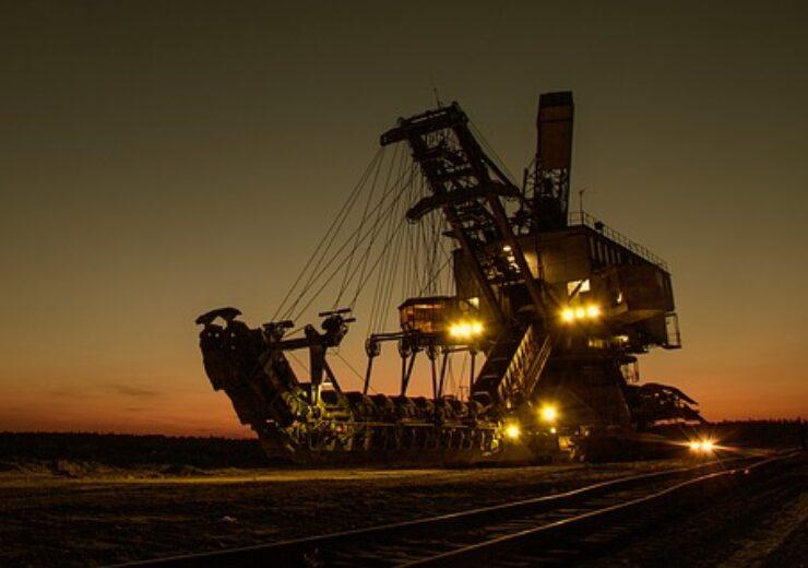 mining-excavator-1736289_640(1)