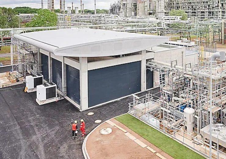 Shell opens 10MW PEM hydrogen electrolyser in Germany