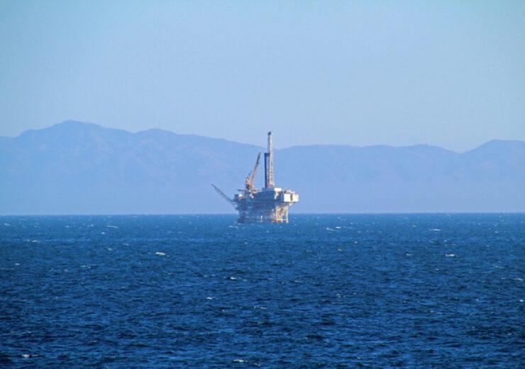 oil-platform-1336513-639x426