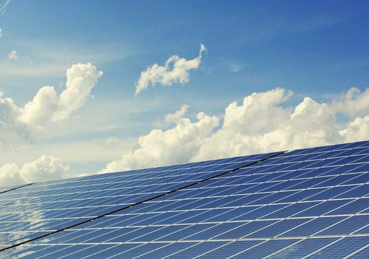 photovoltaic-2138992_640 (2)