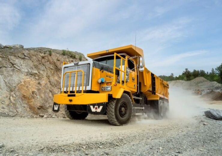 MEDATechs_Western_Star_4900XD_truck_small