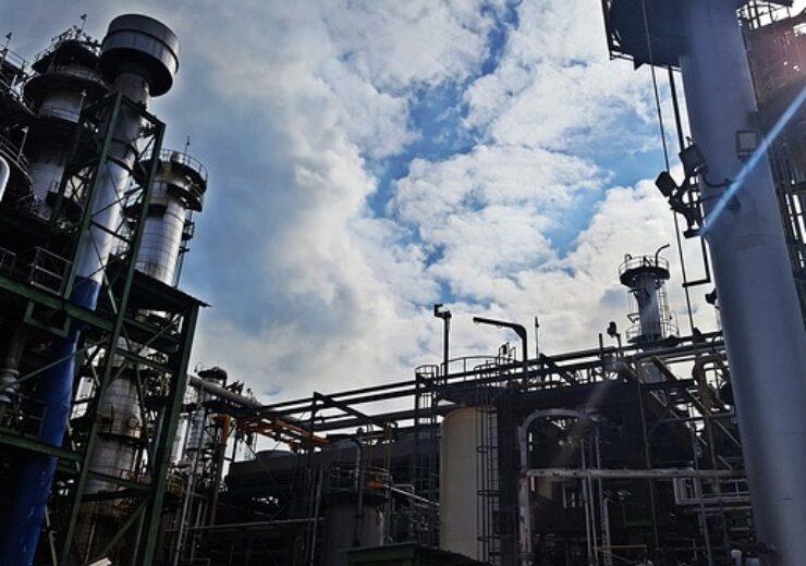 refinery-4800320_640