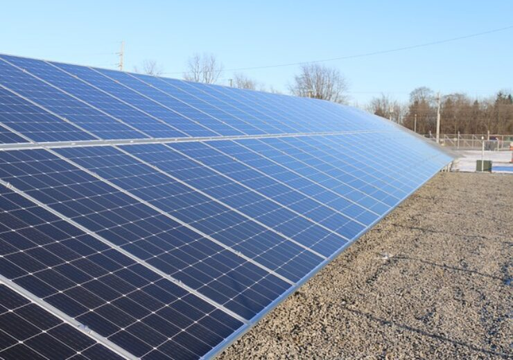 solar-panels-4985353_640(1)
